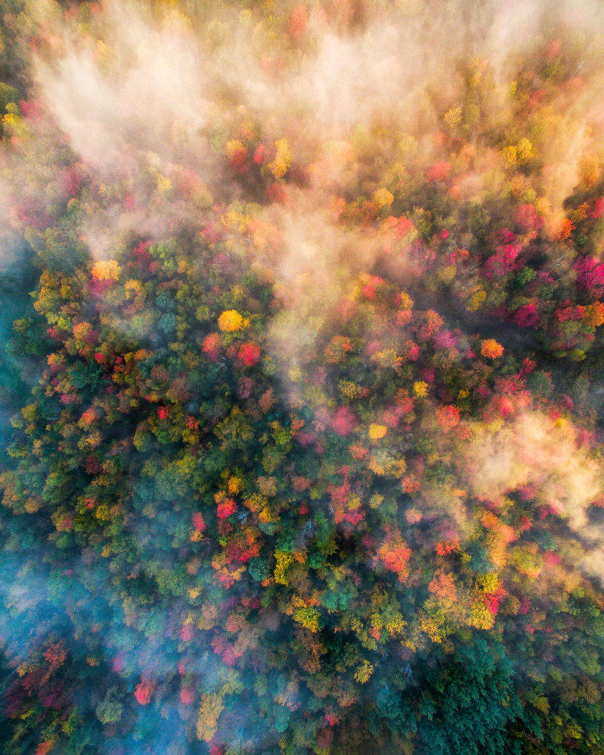 Vermont-Drone-over-foggy-forests-by-Michael-Matti-581b631a36ba7__880