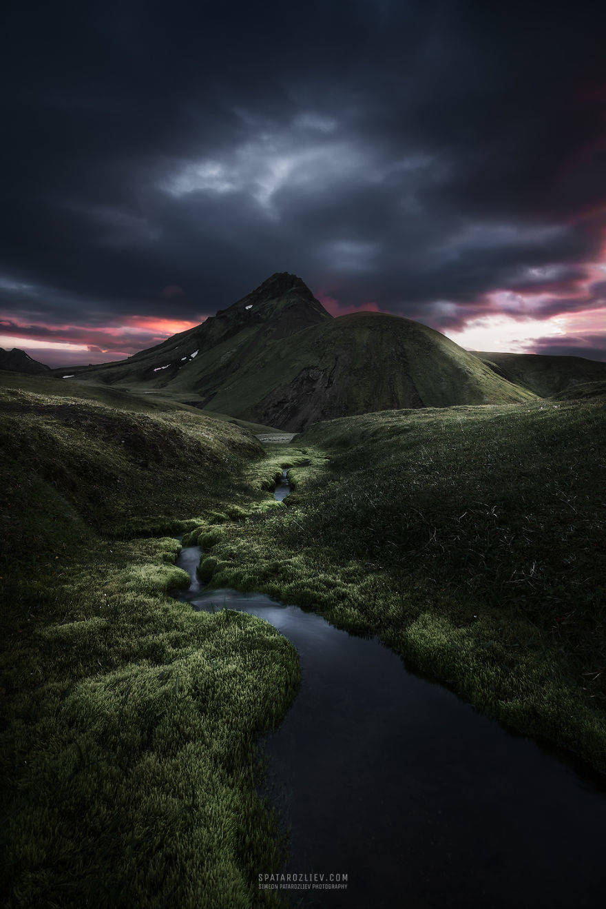 two-month-journey-in-iceland-hitchhiking-camping-and-photographing-some-of-the-most-serene-landscapes-i-have-ever-seen-5856b1d2c66e3__880