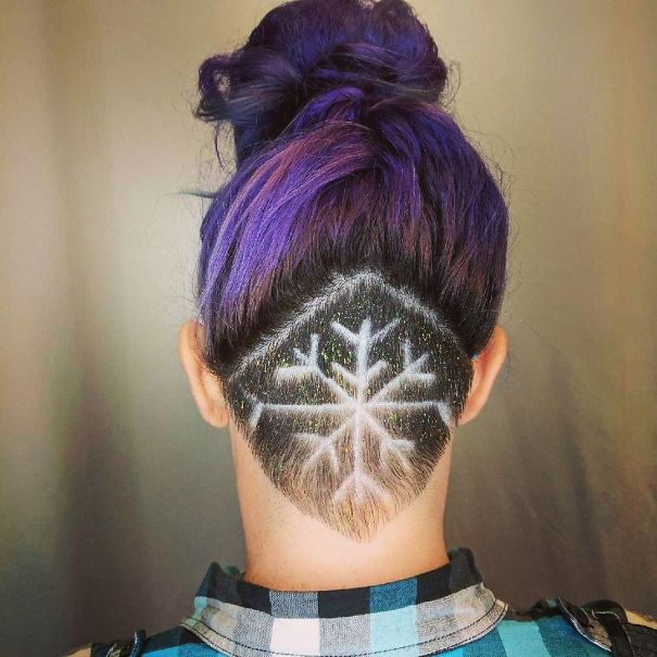 creative-christmas-hairstyles-58-58468d5ae34dc__605