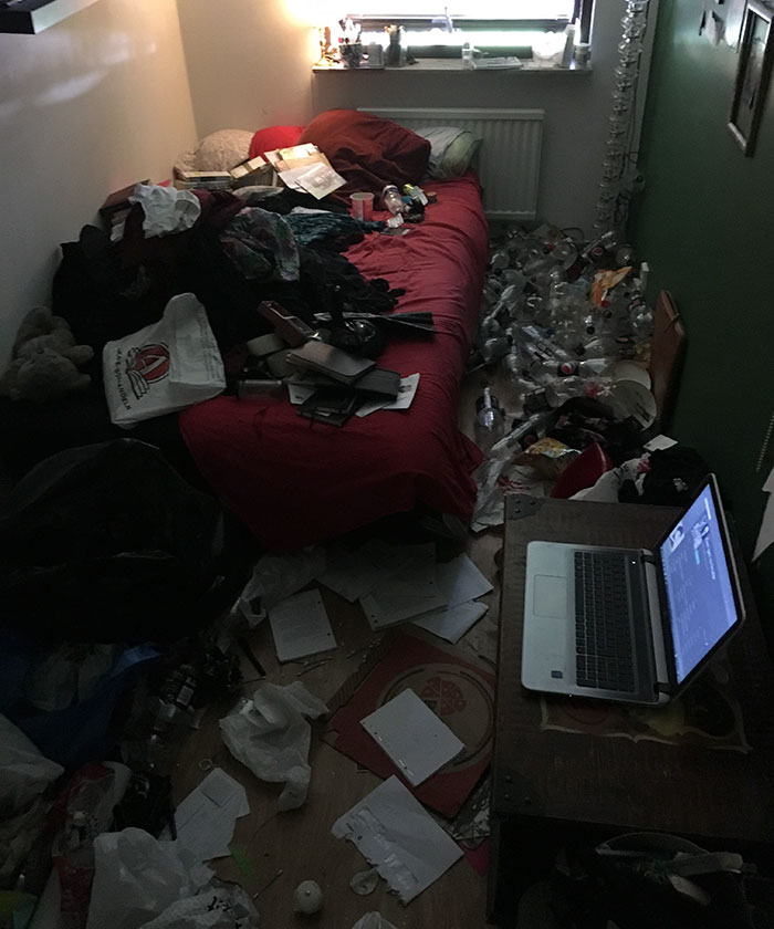 depression-messy-room-before-after-tidying-up-1
