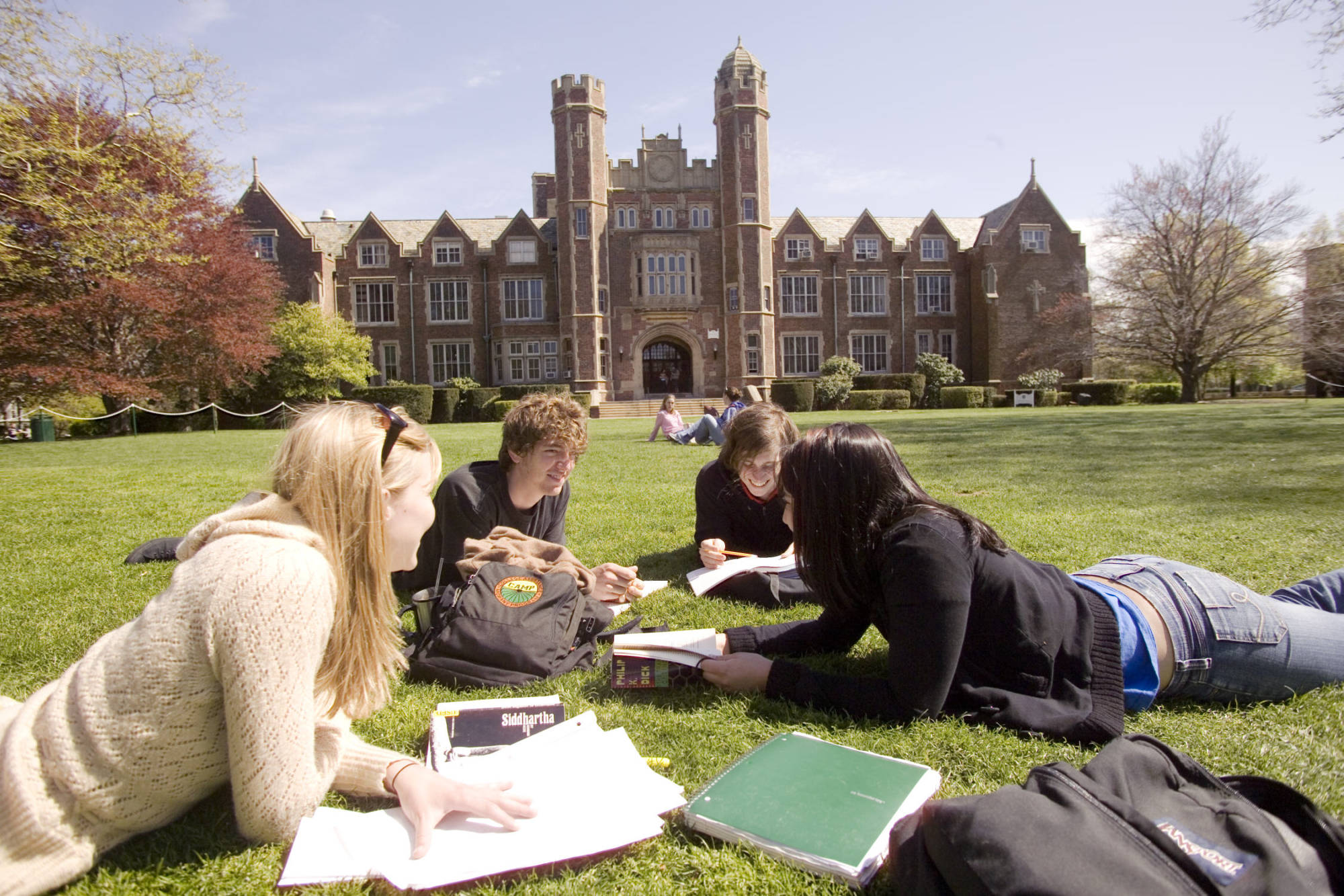 the college student life in the united states of america