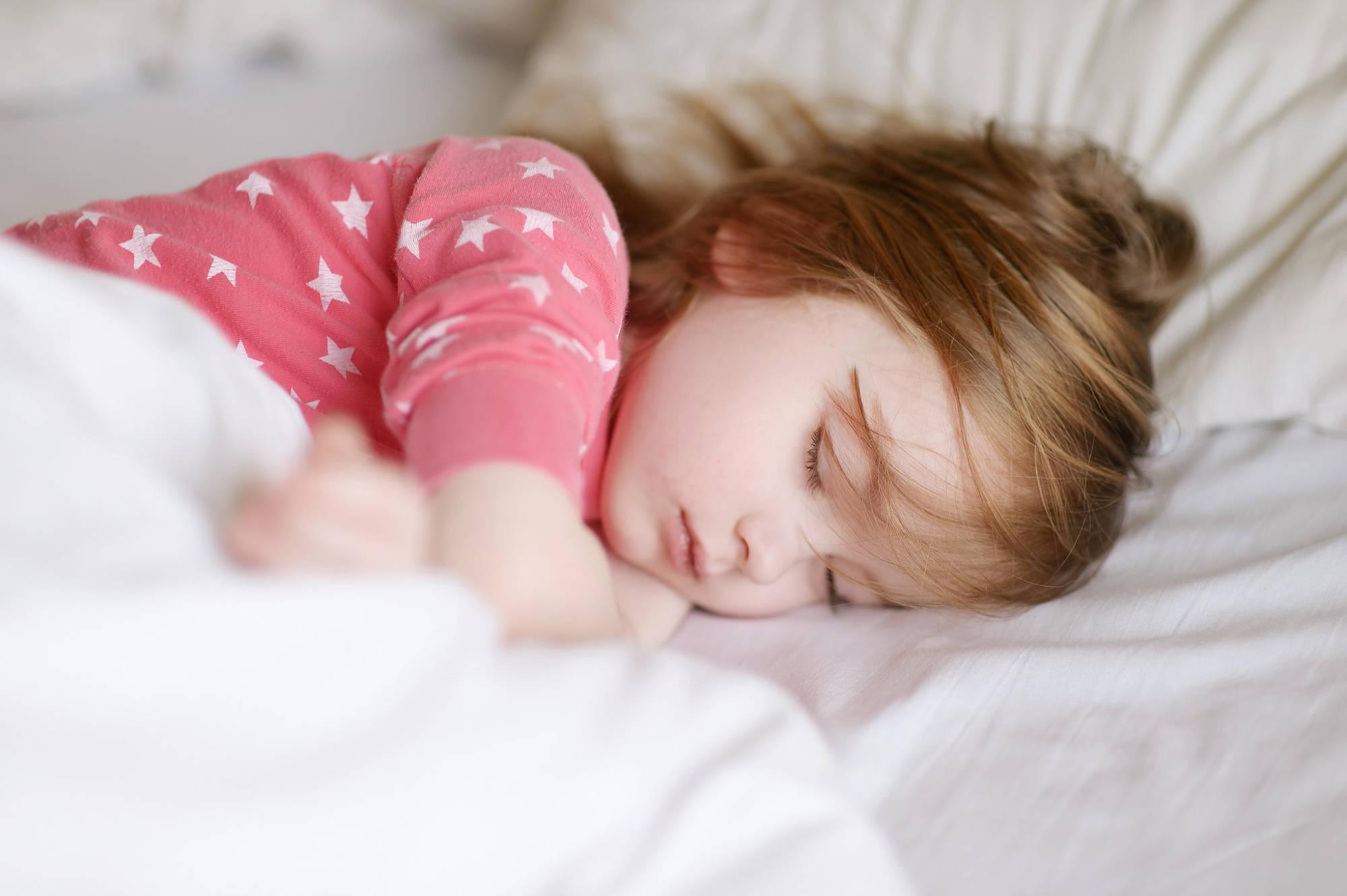 Девочка сладко спит картинки
