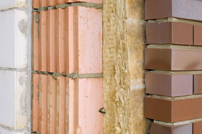 какой утеплитель лучше для стен кирпичного дома