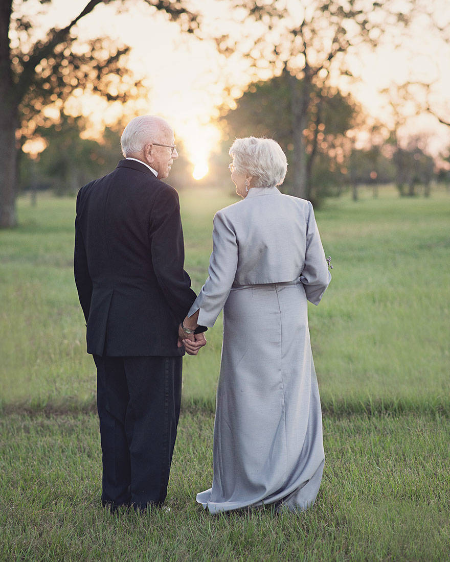 couple-70th-wedding-anniversary-photoshoot-11