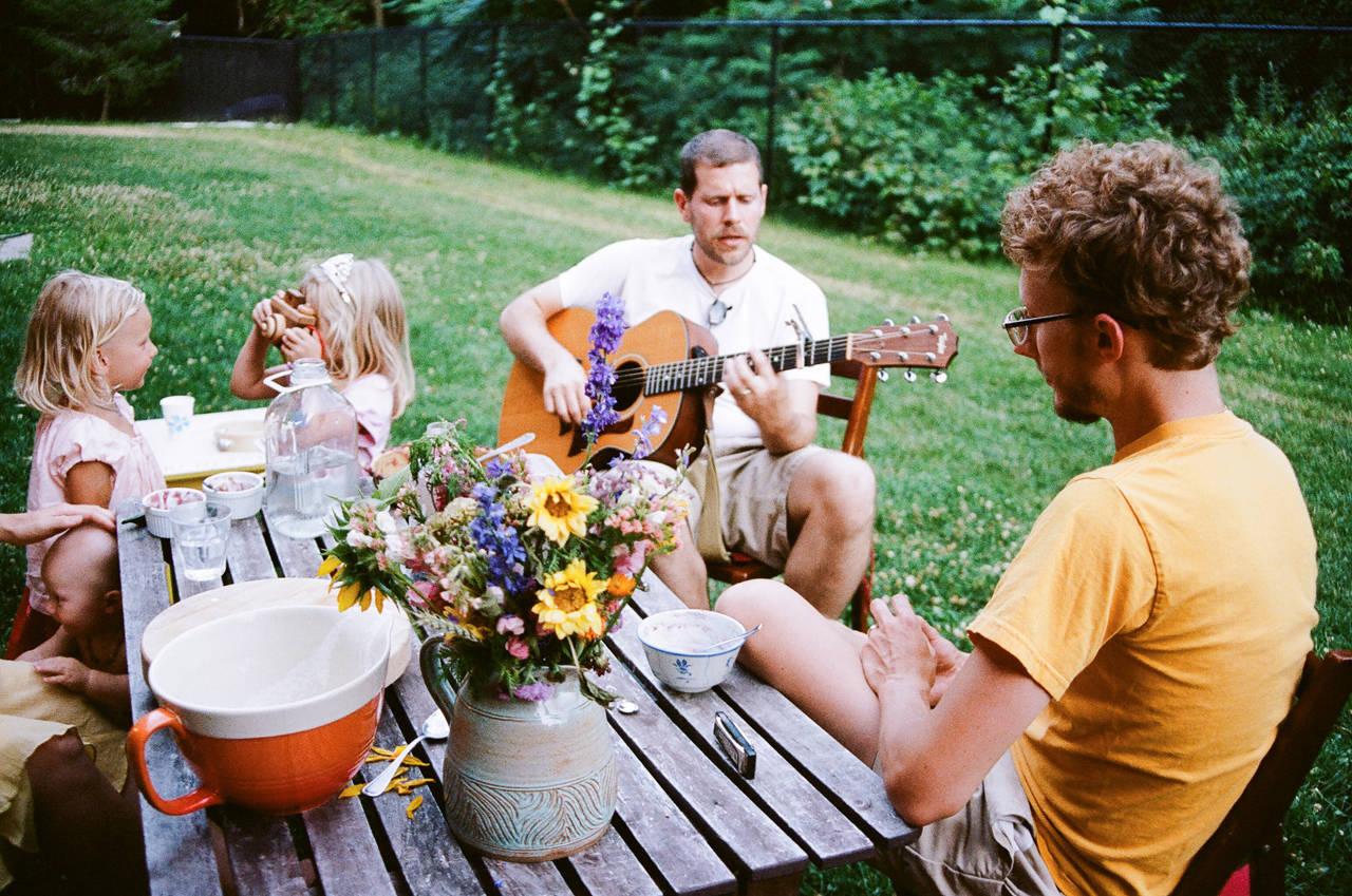 принципе пикник в огороде дома фото жестких воротников манжет