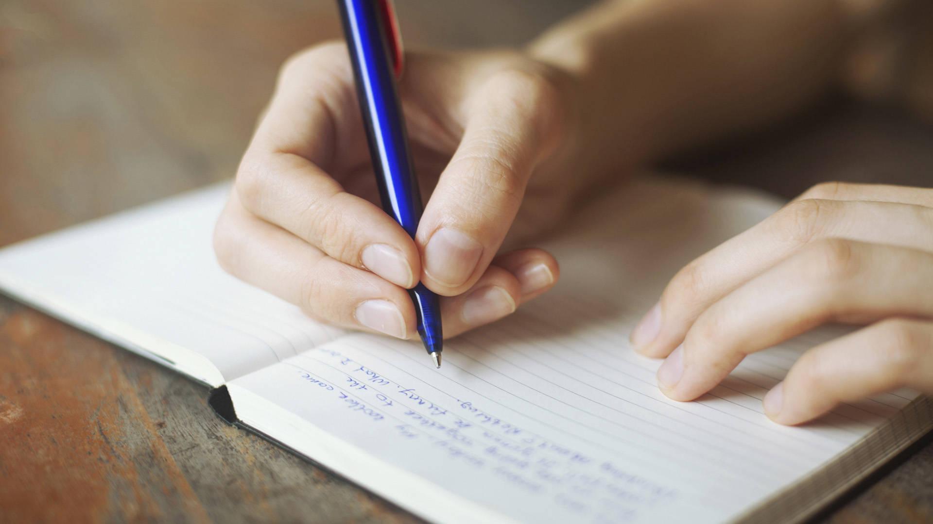 всего картинки человек пишет ручкой проектов